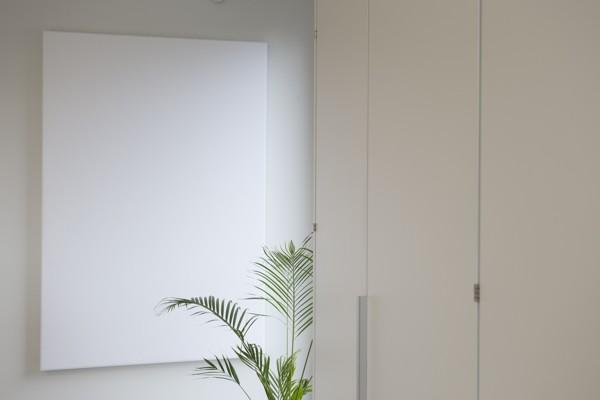 Interieurbouw over afwasbare panelen en schermen van COUST