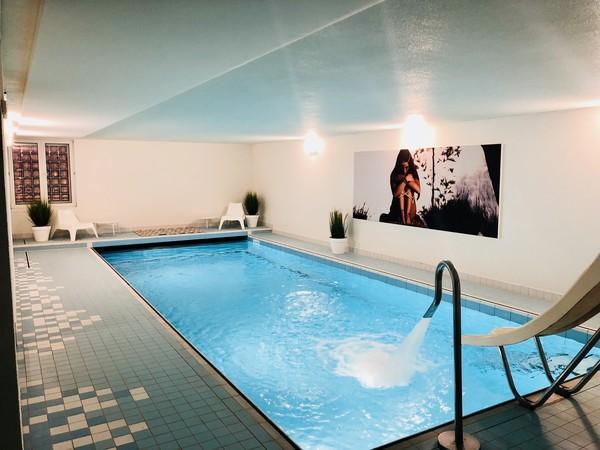 Akoestiek verbeteren in zwembaden