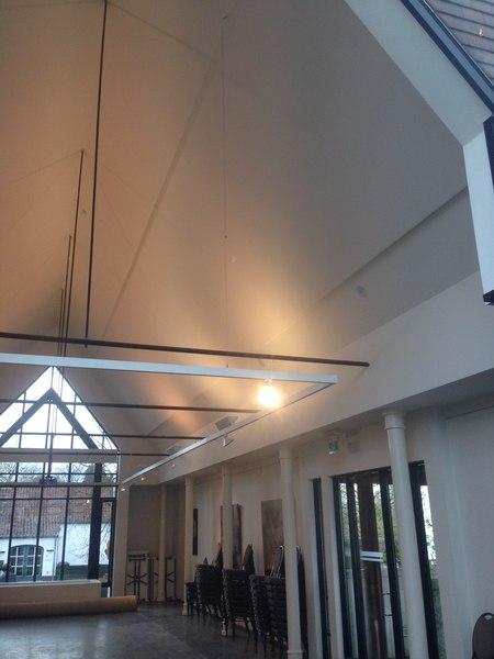 Salle du conseil municipal de Sint-Martens-Latem - ARTceiling
